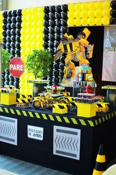 Ideias para Decoração de Festa Infantil Tema Transformers Baby Boy 1st Birthday Party, 4th Birthday Parties, Marvel Birthday Cake, Rescue Bots Birthday, Transformers Birthday Parties, Transformer Birthday, Bee Party, Diy Birthday Decorations, Festa Party