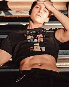Tom Holland by tummyholand IG Tom Holland Tumblr, Hot Actors, Actors & Actresses, Mens Crop Top, Tom Hopper, Tom Holand, Baby Toms, Tom Holland Peter Parker, Man Thing Marvel