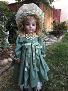 Thisbeautiful artist reproduction of the French Bru Jne antique doll is just wonderful. Her body is fully jointed composition with lower bisque arms and in good condition. She is a one of a kind artist reproduction and one done by the artist herself Lynda Marx and not a mass produced numbered doll. | eBay!