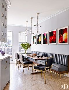 Kitchen | banquette seating