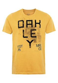 f361e2e876a Camiseta MC Oakley Street Tag Dorado - Compre Agora