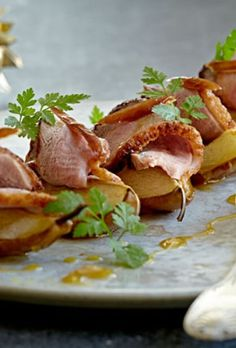 Party Finger Foods, Party Snacks, Tapas, Buffet, Canapes, Brunch, Food And Drink, Appetizers, Dishes