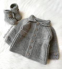 Multi Order 57 Baby Vest Cardigan Booties Knitting Models Multi Order 57 Baby Vest Cardigan Booties Knitting Models Always wanted to learn how to knit, nevertheless not certain w. Baby Boy Cardigan, Cardigan Bebe, Knitted Baby Cardigan, Baby Pullover, Baby Knitting Patterns, Baby Booties Knitting Pattern, Knitting For Kids, Free Knitting, Pull Bebe