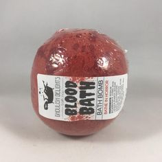 Bathe in Horror with the Blood Bath Bomb. This bloody delicious treat smells of sensual amber and dragon's blood and will turn your bath water blood red. Villas In Italy, Craft Business, Business Ideas, Red Aesthetic, Christmas 2017, Bath Time, Bath Bombs, Apothecary, Diy Beauty
