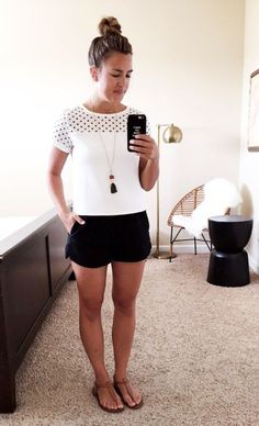 Legit Mom Style // No. 14 Thoughts By Natalie - Mom Dress Casual - ideas of Mom Dress Casual - Legit Mom Style // No. 14 Thoughts By Natalie Classy Summer Outfits, Summer Outfits For Moms, Casual Outfits For Moms, Short Outfits, Spring Outfits, Cute Outfits, Outfit Summer, Mommy Style, Pulls