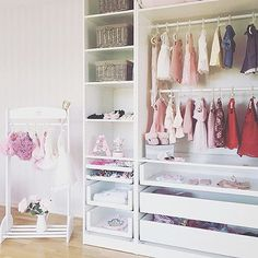 Such a cute and organized baby closet Thanks for the tag @interior_juliana