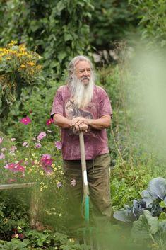 Wolf-Dieter Storl arbeitete lange als biodynamischer Gärtner