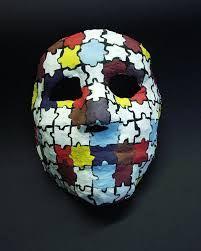 Bilderesultat for gipsmasker Personal Identity, Masks Art, Art Club, Masking, Art Therapy, Art Lessons, Skulls, Folk Art, Diy And Crafts