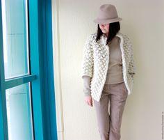 Купить Пальто - бежевый, пальто, вязаное пальто, объемный кардиган, кардиган, шерсть, весна 2016