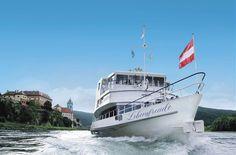 """Erleben Sie eine bequeme Flussrundfahrt mit herrlicher Aussicht auf die Landschaft am Ufer und genießen Sie dabei köstliche Gaumenfreuden. In angenehmer Gesellschaft gönnen Sie sich einen besonderen Ausflug. Sie gehen an Bord und genießen bei """"Genuss am Fluss"""" zweierlei: eine Schifffahrt durch wunderschöne Natur und außerdem ein tolles Essen. Lassen Sie sich bei diesem kulinarischen Ausflug verwöhnen! Vienna, Boat, River, Landscape, Dinghy, Boats, Ship"""
