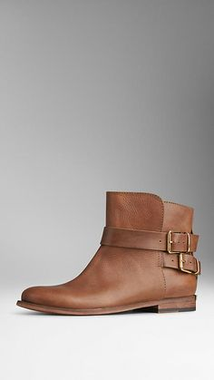 Burberry Tortoise amber Buckle Detail Leather Ankle Boots