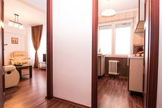 Apartament 2 camere la Universitate. Conditii excelente la super preturi! Bucharest, Divider, Room, Furniture, Home Decor, Universe, Bedroom, Decoration Home, Room Decor