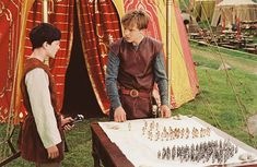 The Chronicles of Narnia: The Lion, the Witch and the Wardrobe - Peter and Edmund Narnia Cast, Narnia 3, Pixar Animated Movies, Skandar Keynes, Edmund Pevensie, Prince Caspian, Babylon 5, Ben Barnes, Walt Disney Pictures