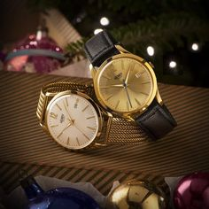 Counting the hours until Christmas Day. What are you hoping to find under the tree? #HenryLondon #Christmas #giftidea #watchesofinstagram #watchoftheday #henrywatches #gold #luxury #holiday #jewellery #presentd by henrywatches - Coming soon to Grace & Co