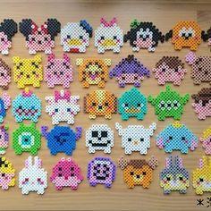 #ツムツム 35個ならべてみました◡̈ うんうん、かわいいー♡ 自己満足でスミマセン笑 * #アイロンビーズ#パーラービーズ#ナノビーズ #tsumtsum#ディズニー#並べてみたよ Perler Bead Templates, Pearler Bead Patterns, Diy Perler Beads, Perler Bead Art, Perler Patterns, Pixel Beads, Fuse Beads, Hamma Beads Ideas, Perler Bead Disney