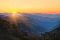Sunrise at Oconaluftee overlook, Great Smoky Mountains, North Carolina  #South #Southern