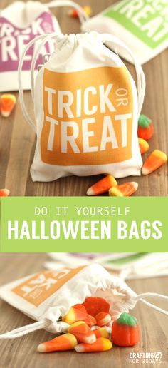 DIY Halloween treat bags. Fun way to hand out treats at a Halloween party or for a school party. Find the tutorial on www.thirtyhandmadedays.com