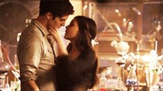 """The Originals - Coven of Two {DavinaღKoleb} """"He's starting to fall for her. She knows that, and he's slowly but surely broken down her walls."""" ~ DC - Page 11 - Fan Forum Cute Relationship Goals, Cute Relationships, Danielle Campbell Gif, Soccer Boyfriend, Romantic Kiss Gif, Hug Gif, Davina Claire, The Originals Tv, Fifty Shades Movie"""