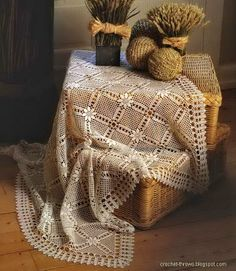 Crochet Throws: White Lace Crochet Throw - TableCloth or Bedspread
