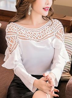 Solid Cotton Round Neckline Long Sleeve Blouses (1170180)