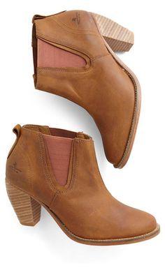 Fall booties #wishlist http://rstyle.me/n/nhsf6n2bn