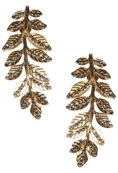 Brinco folhas vintage - dourado na @oqvestir