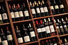 Wo kann man diese Weine denn jetzt kaufen? - http://www.dieweinpresse.at/wo-kann-man-diese-weine-denn-jetzt-kaufen/