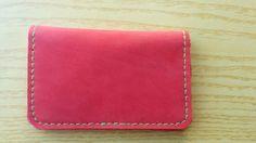 Cartera de hombre,cartera de cuero,cartera de piel,cartera bolsillos,cartera roja,cuero rojo,piel natural,cartera caballero,cartera piel