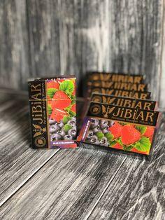 Jibiar Blue Strawberry – кальянный продукт средневысокой крепости турецкого производства. В процессе курения подарит взрывную сочность ягодного вкуса. Blue Strawberry