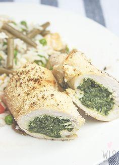 Te enseñamos cómo hacer pechugas de pavo rellenas de espinacas y queso, hechas al horno para reducir al máximo las grasas sin perder el sabor.