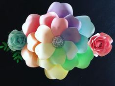 Happy Friday!! Hope everyone has a great weekend!!!! #paperflowers #paperflowerbackdrops #flowercenters #madeitwithmichaels #cricutmade #paperflowertemplates #flowerwall #handmade #floralsinspired #paperflorist #paperflowers #diy #madewithcricut #paperroses #handcut #weddings #nurserydecor #bridalshower #babyshower #eventplanning #paperflowershop #paperflowerartist #eventinspiration #weddingbackdrop #giantpaperflowers #birthdaydecor
