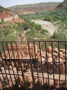 Red soil and pottery in the Atlas. Photo RR