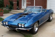 The last body style for the square vette....1967 stingray convertable with the 427....wow
