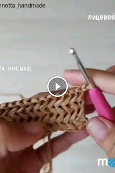 Repost Pontodecroche - Knittingtutorial - The Knitting Time - Diy Crafts - moonfer Basic Crochet Stitches, Knitting Stitches, Knitting Yarn, Baby Knitting, Knitting Patterns, Cowl Patterns, Knitting Machine, Vintage Knitting, Knitting Tutorials