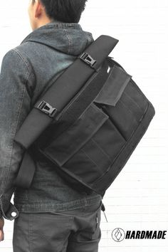 Hardmade Co.- one man operation out of China. Fashion Bags, Mens Fashion, Mens Gear, Men's Backpack, Fabric Bags, Medium Bags, Laptop Bag, My Bags, Bag Accessories