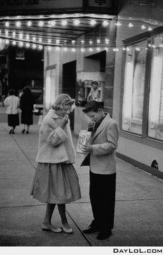 Od School Cinema Date, 1957