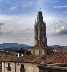 #Girona. Esglèsia de Sant Felix des de La Catedral.