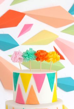 » DIY SWEETS | Ombre Geometric Cake & Backdrop