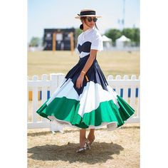 Nicole Warne - 2015 Veuve Clicquot Polo Classic at Liberty State Park in New Jersey. Derby Attire, Derby Outfits, Gary Pepper Girl, Polo Fashion, Fashion Outfits, Womens Fashion, Vip Dress, Polo Outfit, Polo Match