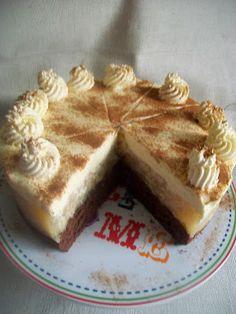.. chute a vône mojej kuchyne...: Jablkova torta s uzasnou mascarpone plnkou