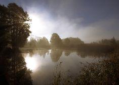 Stilla sjö i morgondimma - Stockholm