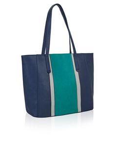 Feeling blue? Our Innes tote bag is sure to pep up your style. In a cool colour-block design with two handles and a magnetic closure, this generous design is...