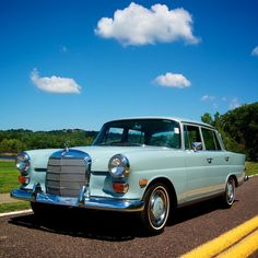 1968 Mercedes-Benz 200-Series D