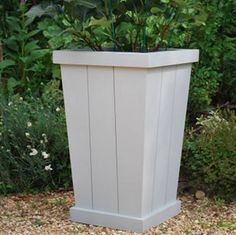 Chorleywood Planter:Lamp Room Gray