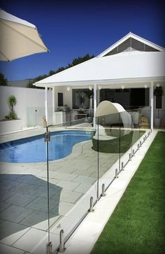 Example of the work we do at Ultimate Frameless Glass