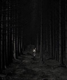 Creepy And Dark Photography Of Nona Limmen, Covered With Goth, Fantasy And Metamorphosis - Creative Anchor Deadly, Hot Vampires, Woods Photography, White Photography, Satanic Art, Mystical Forest, Vampire Girls, Wild Girl, Dark Forest