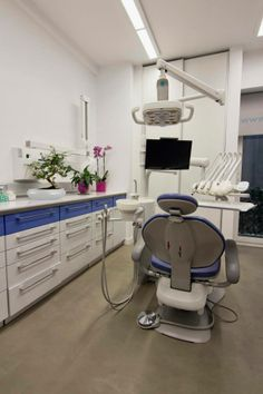 Dental Clinic In Athens By Architect Ioanna Polymenea Architecture Interiors Design