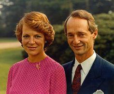 Don Carlos Hugo de Borbón Parma nació en Paris el 8 de Abril de 1930,