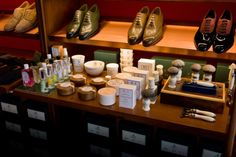 http://chicerman.com  doublemonk:  DR Harris the finest mens toiletries from London.  Double Monk is totally re-stocked after the Christmas rush which left us bare of moisturising creams shaving soaps colognes and all sorts of skin and whisker necessities. But the drought is broken.  #menshoes