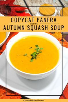 butternut squash soup Love that great tasting soup from Panera, but want to make enough to feed your whole family? Try this copycat Panera autumn soup. This simple butternut squas Panera Butternut Squash Soup, Panera Bread Autumn Squash Soup Recipe, Butter Ut Squash Soup, Butternut Squash Calories, Butternut Squash Soup Healthy, Zucchini Zoodles, Zucchini Bread, Soup Recipes, Cooking Recipes